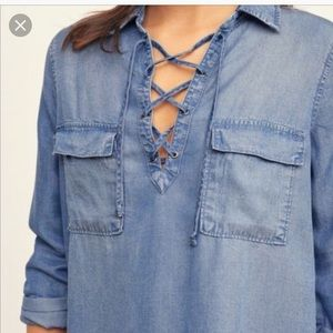 Abercrombie and Fitch Chambray top